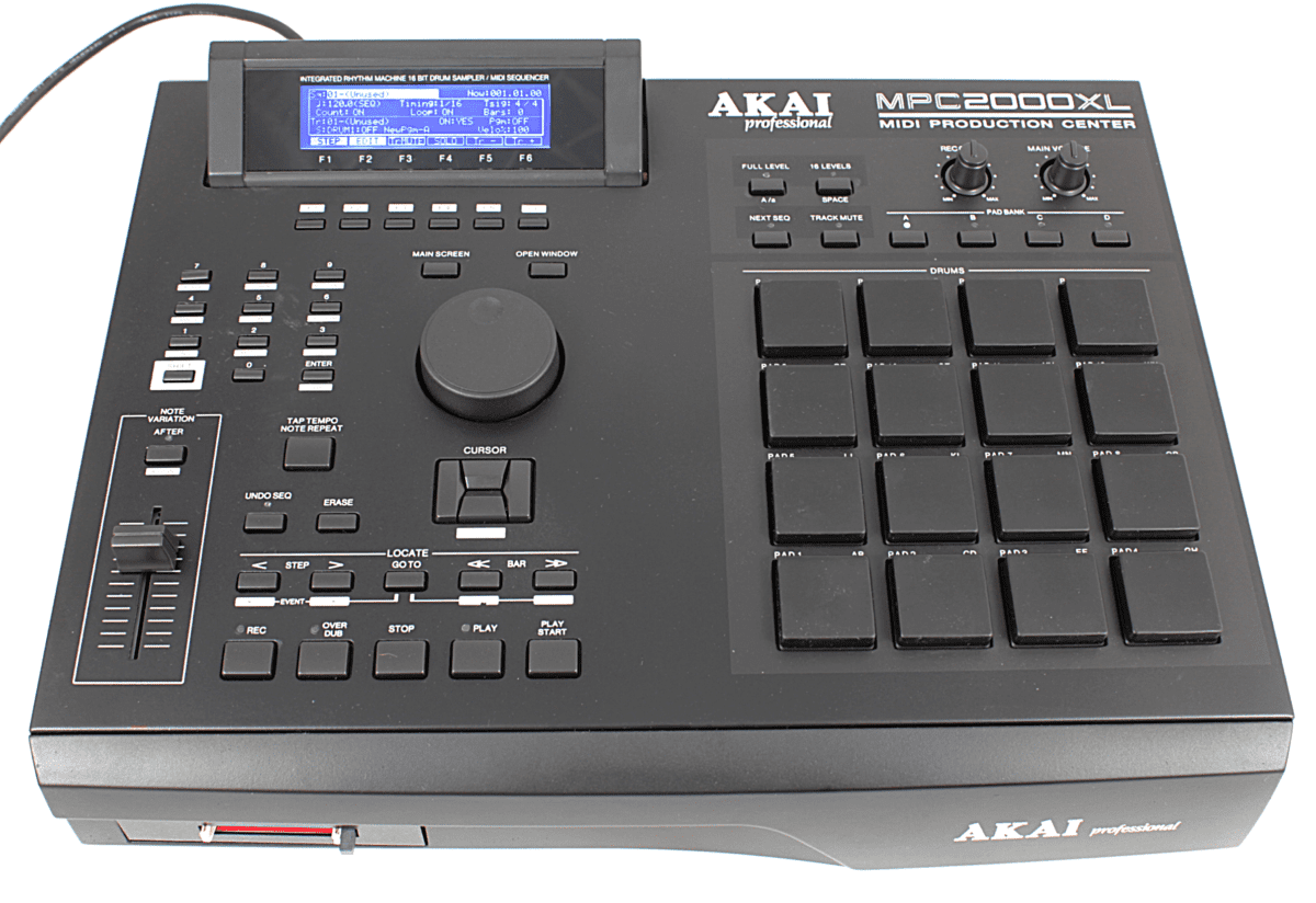 AKAI MPC2000XL black