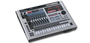 Test: Roland MC-808 Groovebox mit Motorfadern