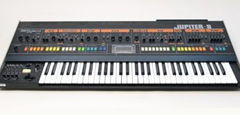 Blue Box: Roland Jupiter-8, Analogsynthesizer