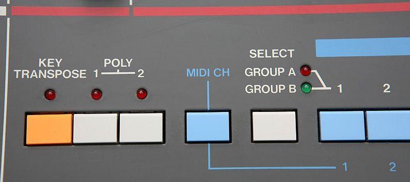 Blue Box: Roland Juno-106 Analogsynthesizer - AMAZONA de