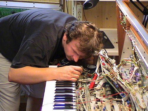Interview: Rudi Linhard - The Moog Maker - Seite 2 von 2 - AMAZONA.de