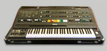 Blue Box: Yamaha CS-60 Analogsynthesizer