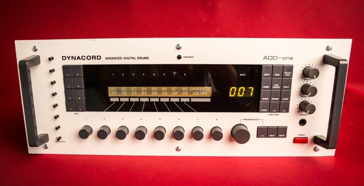 Die Haupt-Unit mit der analogen Klangerzeugung ADD-One