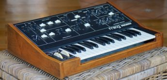 Blue Box: Moog Prodigy, Analogsynthesizer
