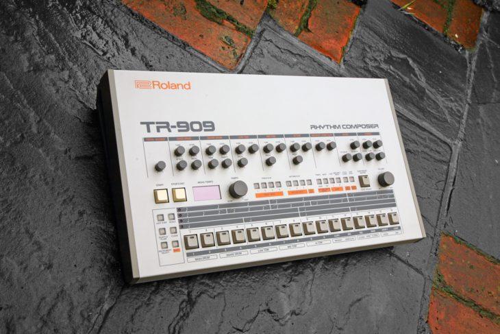 roland_tr-909-amazona