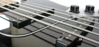 Test: Fender, American Deluxe Jazz Bass 5-String, E-Bass