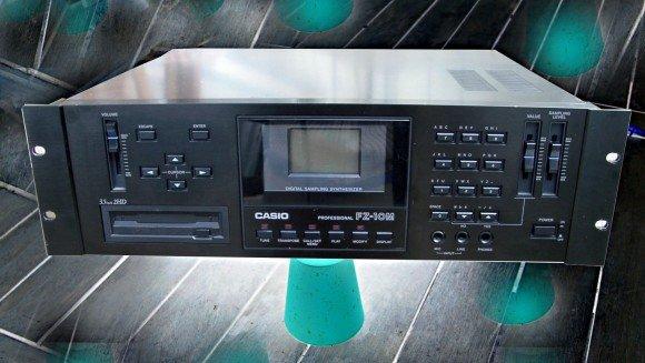 Die Rackversion mit 3HE, Casio FZ10M