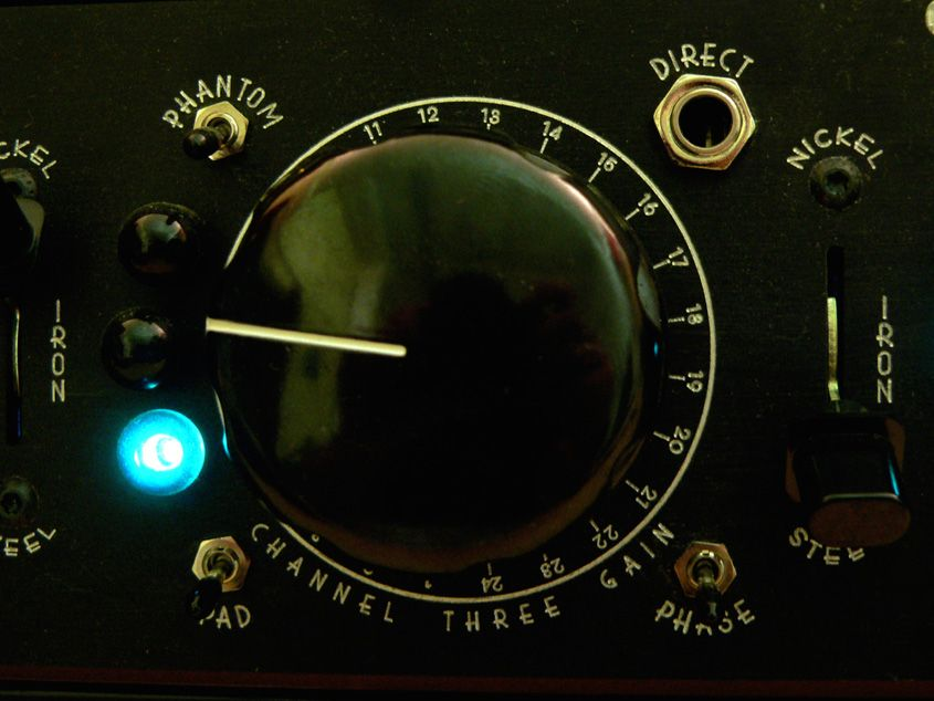 Test: Shadow Hills Industries, Quad Golden Age Microphone Amp ...