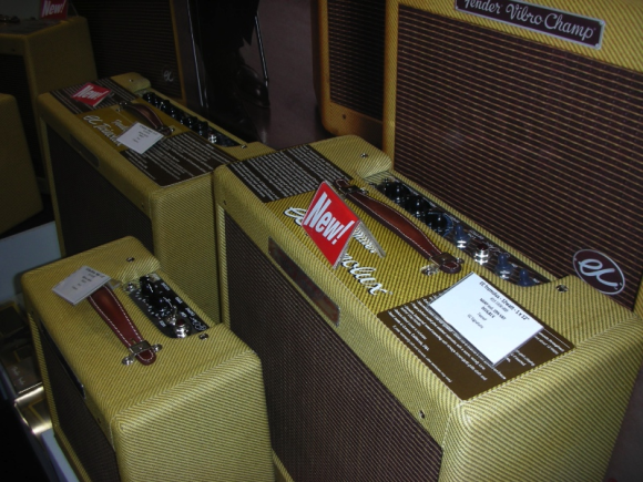 -- Mr. Slowhands Signature-Amps --