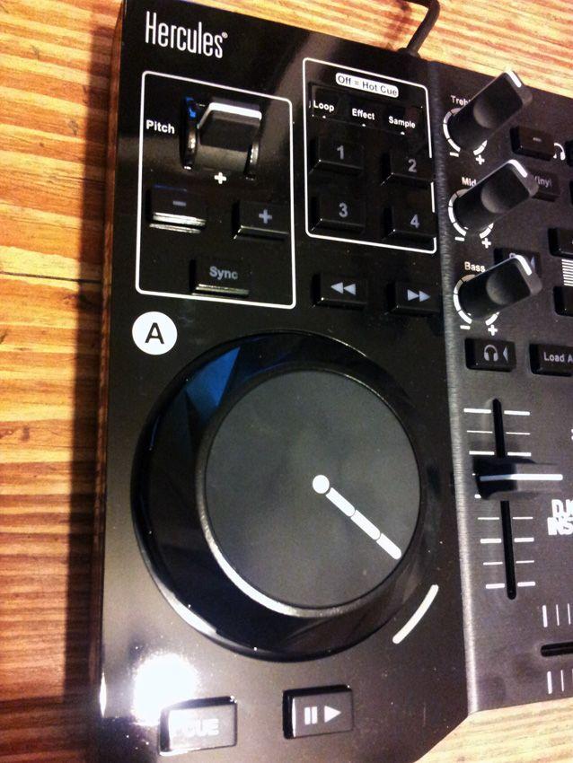 Test hercules dj control instinct dj controller seite - Table de mixage hercules dj control instinct ...