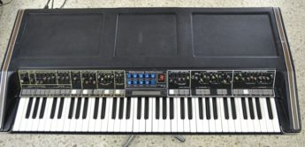 Blue Box: Moog Polymoog, Analogsynthesizer