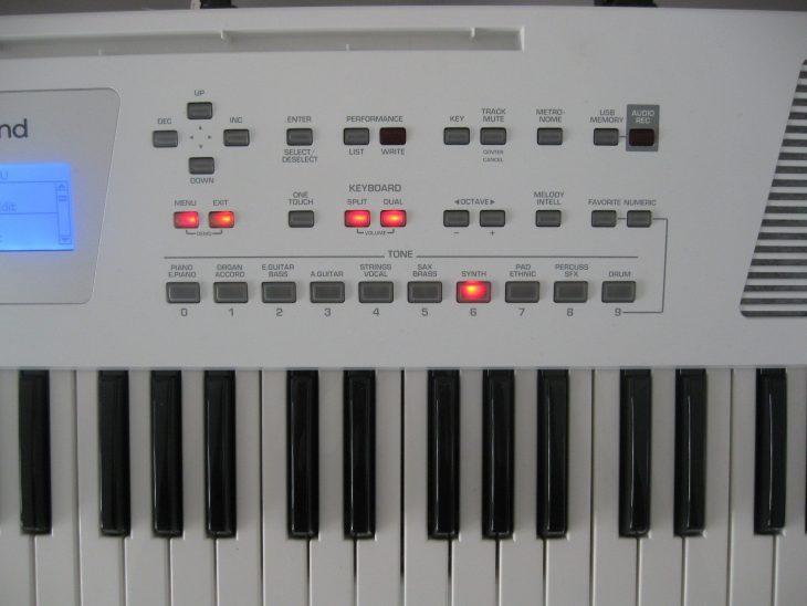 roland bk-3 test entertainer keyboard