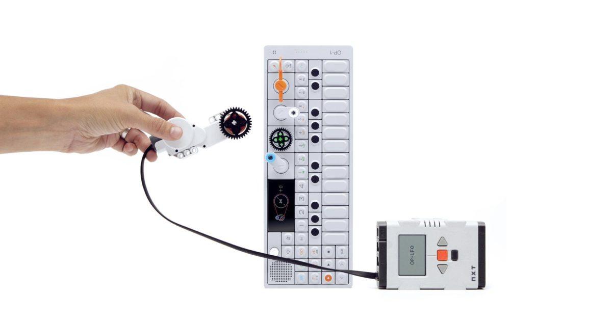 Der OP-1 mit Lego-Schnittstelle