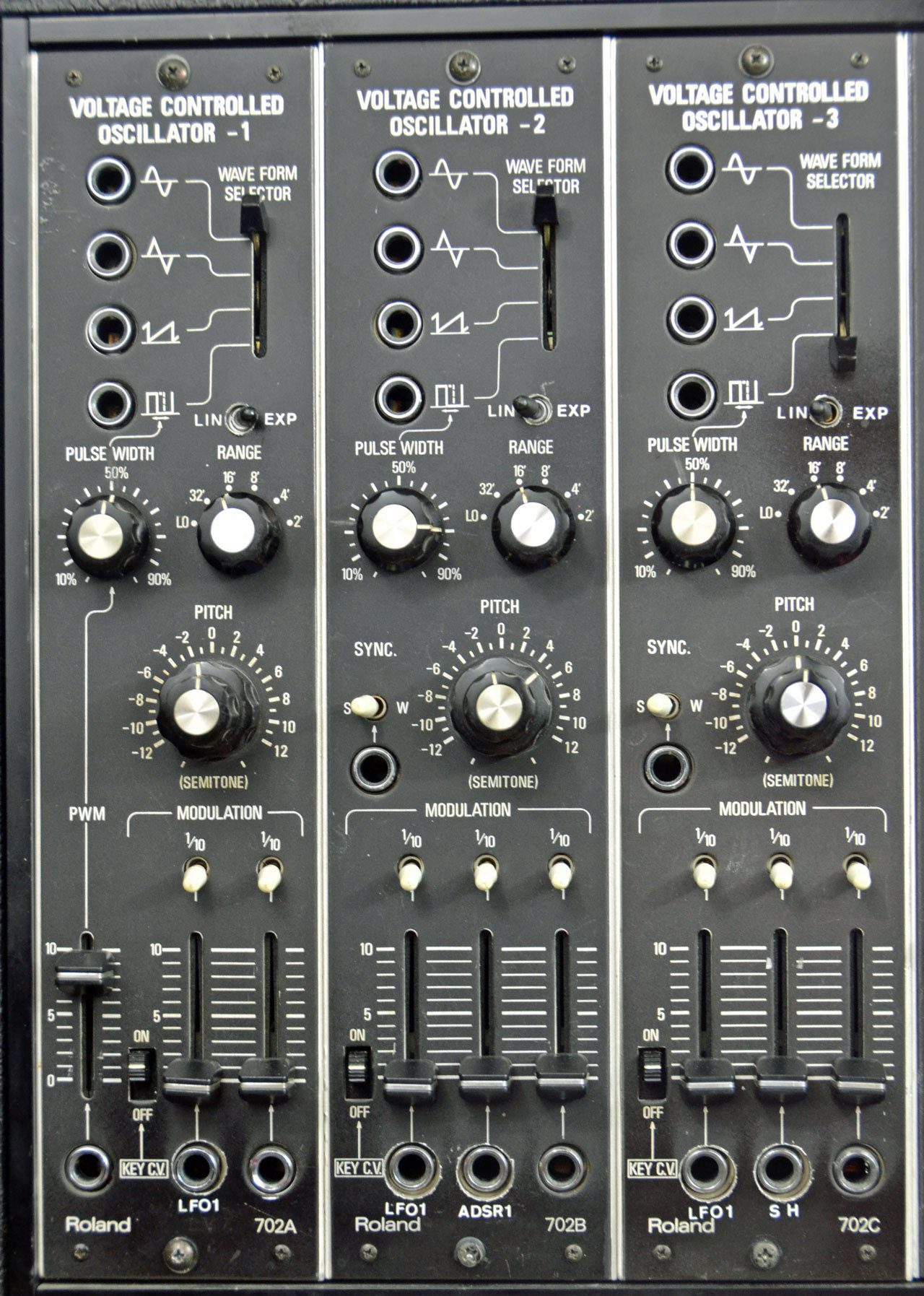 Blue Box: Roland System 700, Analoges Modularsystem, Teil 2 - Seite ...