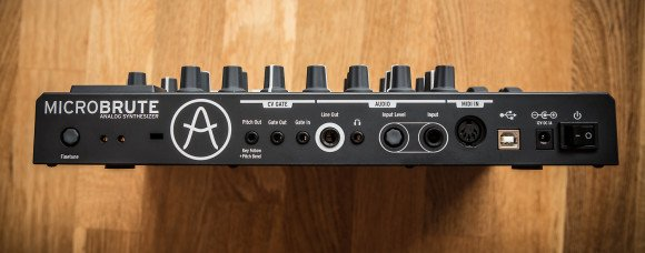 preview  arturia microbrute  analogsynthesizer