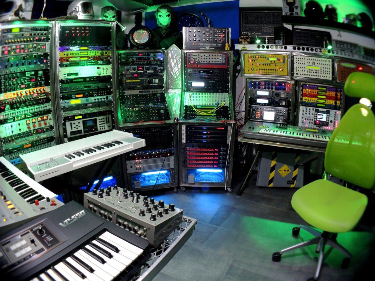 Alien-Studio 2014-06