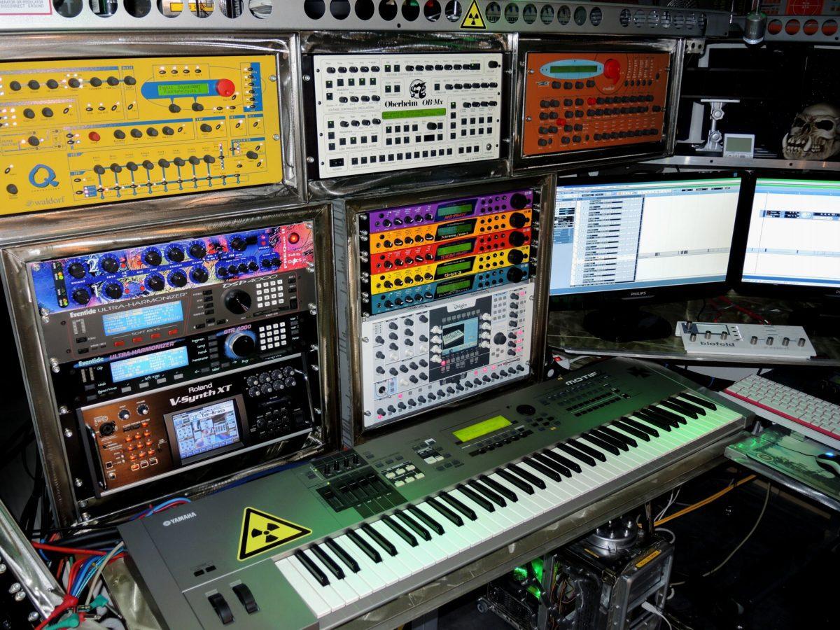 Alien-Studio 2014-07