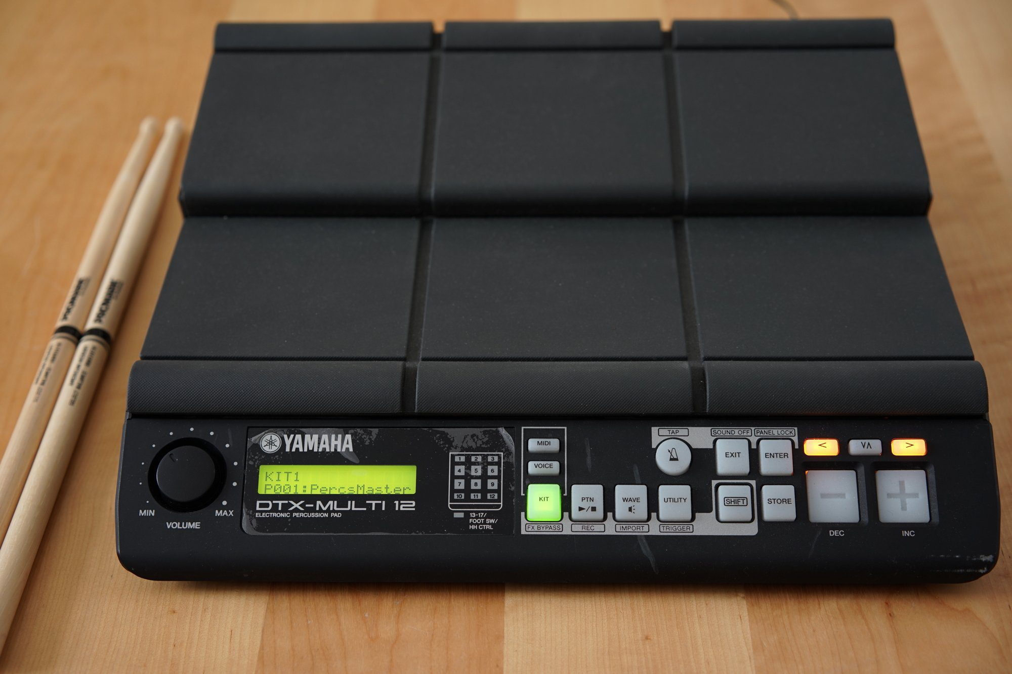 test yamaha dtx multi 12 digital percussion pad. Black Bedroom Furniture Sets. Home Design Ideas