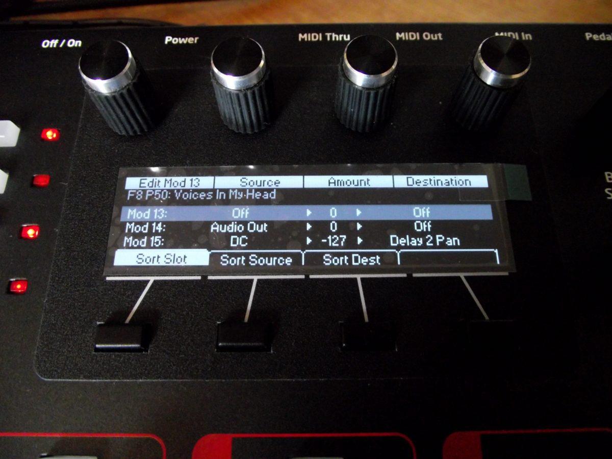in der Modulationsmatrix kann auch Audio Out als Quelle gewählt werden - gut für dirty