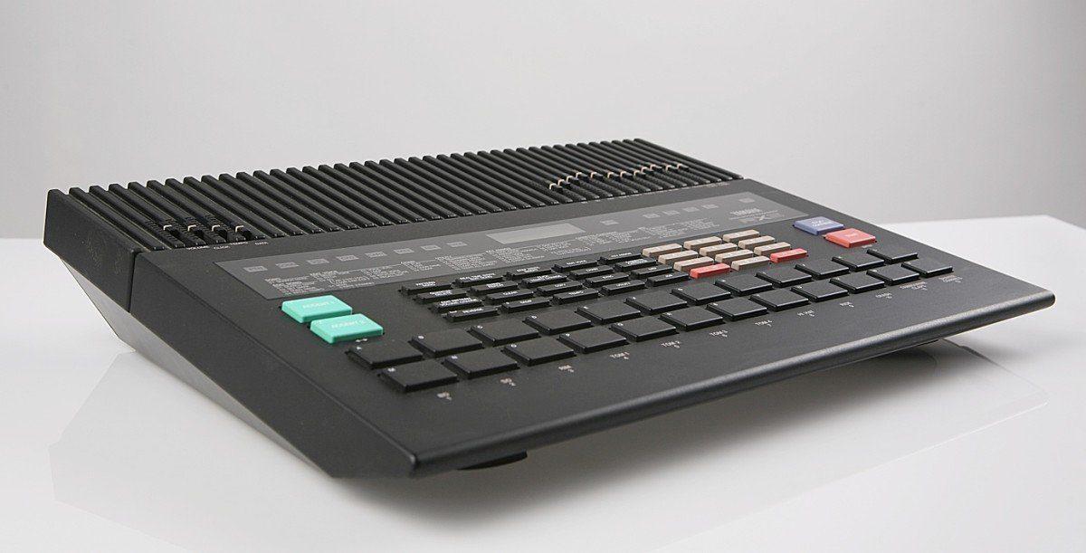 Alles über Yamaha, DX7, RX5, 02R96