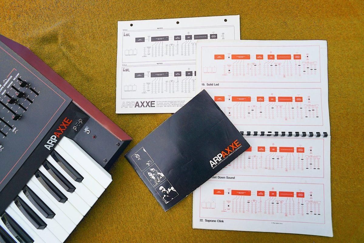 ARP Axxe mit Manual und Soundsheets