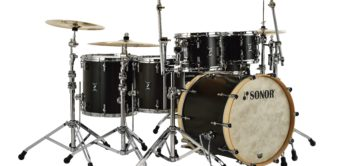 Test: Sonor Birch Infinite Kit, 4000er Hardware, Armoni Beckensatz