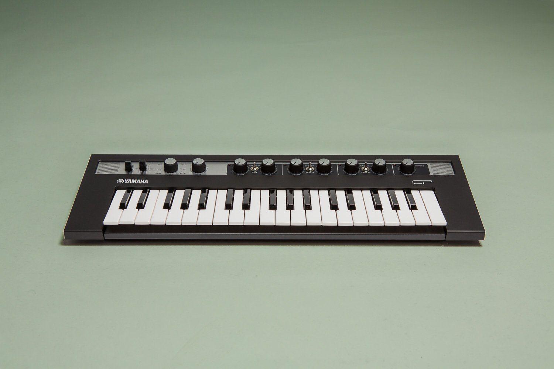 test yamaha reface cp e piano reface yc e orgel seite. Black Bedroom Furniture Sets. Home Design Ideas