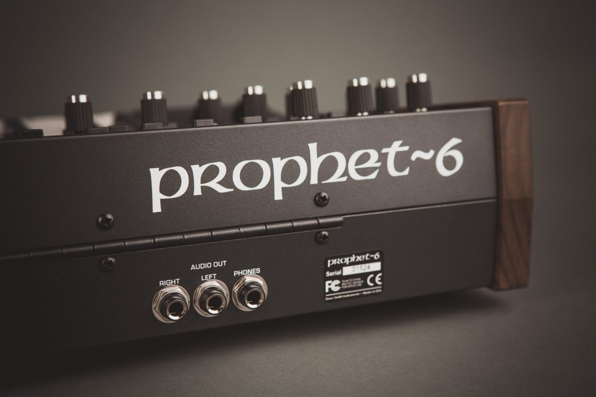Prophet 6 Anschlüsse 2