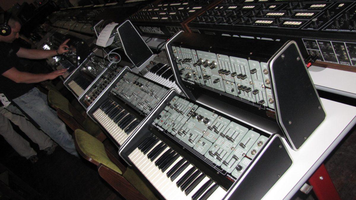 System 100 Original