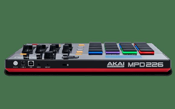 Akai MPD226 Rückseite