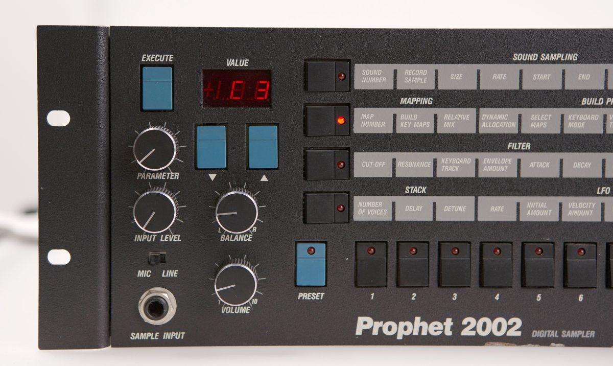 Prophet 2002 E