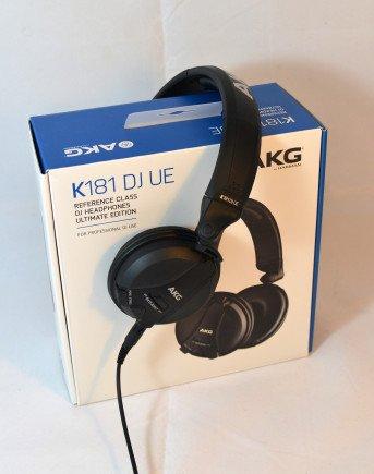 Wohl verpackt kommt der AKG K181 DJ UE