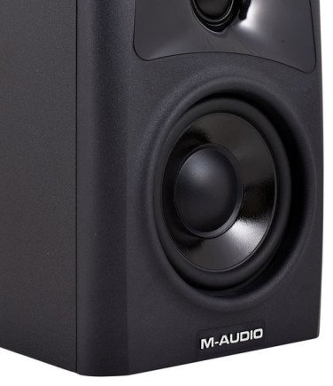 MAudio-AV32-1-2