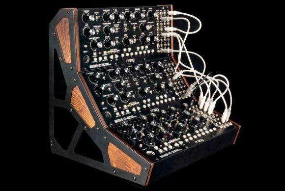 Und auch im Trio macht der Moog Mother-32 eine sehr gute Figur