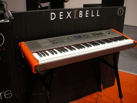 DexibellXVivoXcloseXup