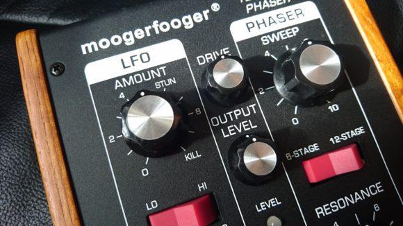 MoogerfoogerX12XStageXPhaserXDraufsichtXdiagonal