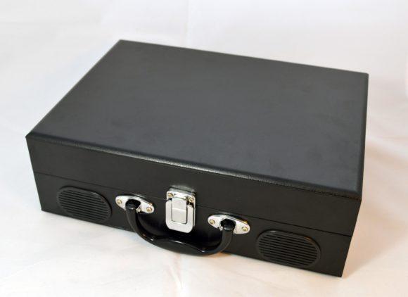 Kleiner Koffer - da würde man keinen Plattenspieler erwarten