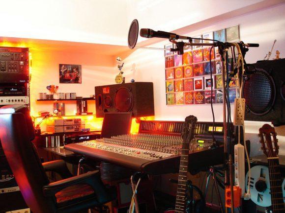 Roberts Mixing-Table im heutigen Studio