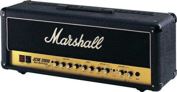 -- Rockmonstrum JCM 2000 DSL 100 von Marshall --
