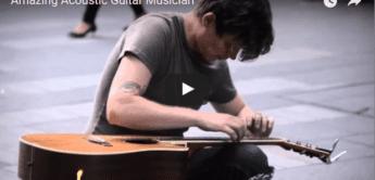 Talent: Straßenmusiker liebt seine Gitarre