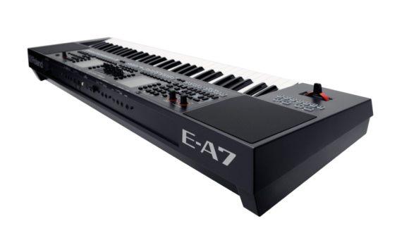 Roland-EA7-3