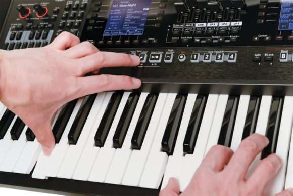 Roland-EA7-4