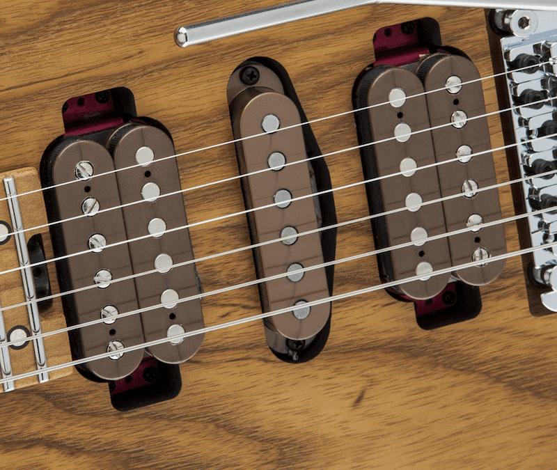 Test: Charvel Guthrie Govan HSH Caramelized Ash, E-Gitarre - Seite 3 ...