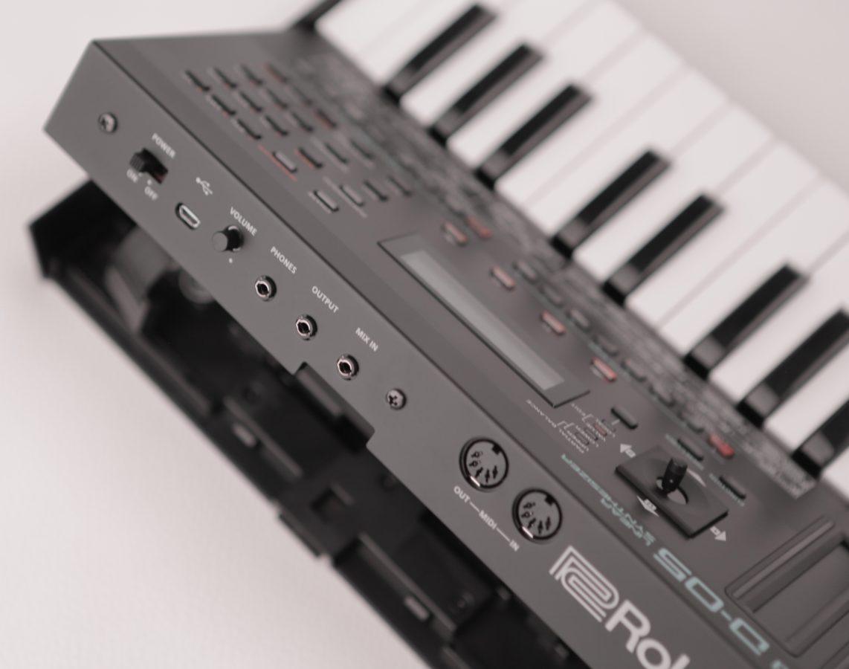 Roland D-05 E