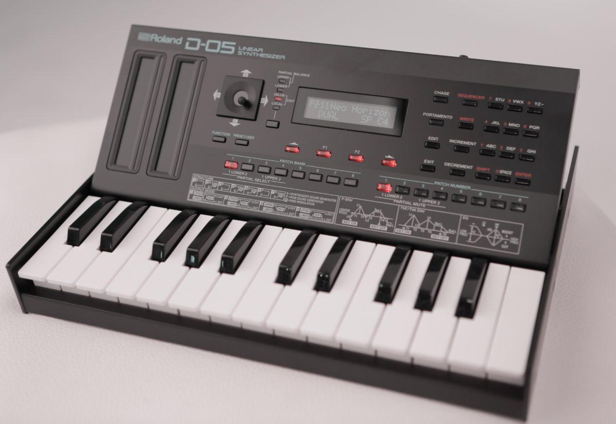 Roland D-05 I