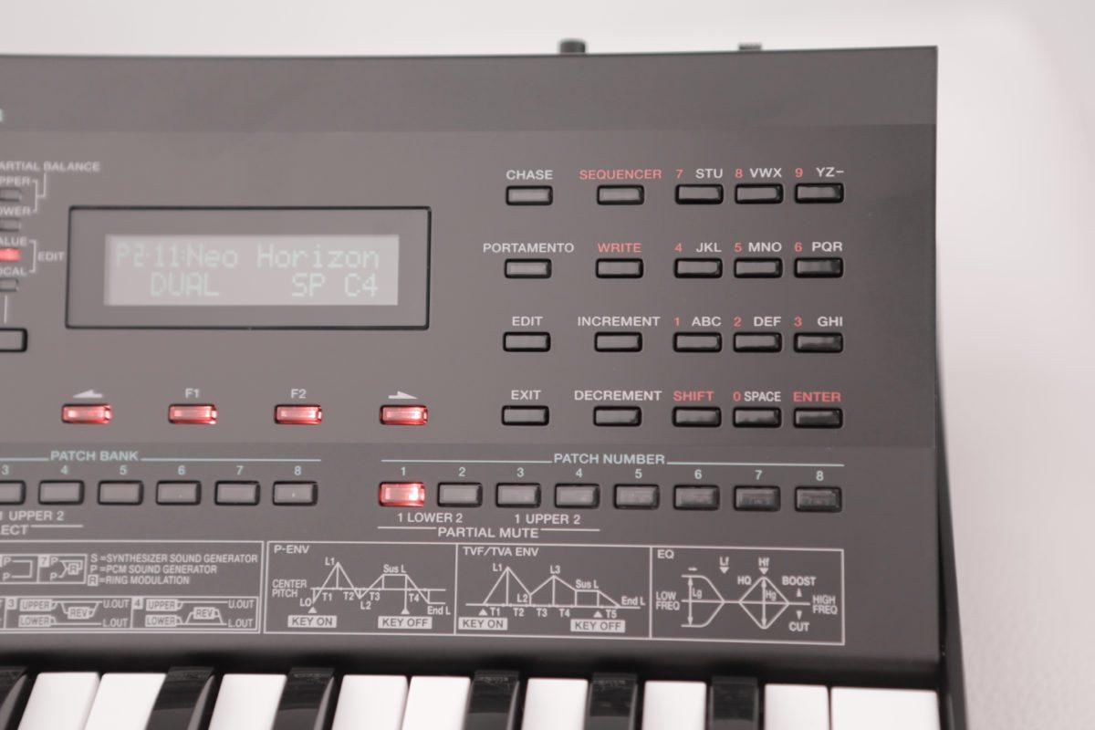 Roland D-05 G