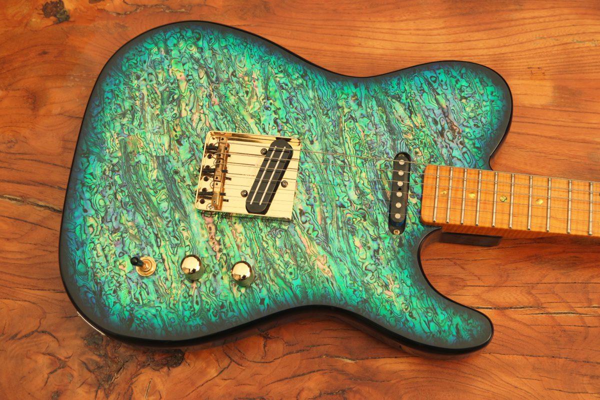 Pearlvibe Guitars Blue Bayou titel