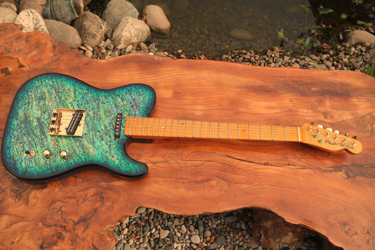 Pearlvibe Guitars Blue Bayou front
