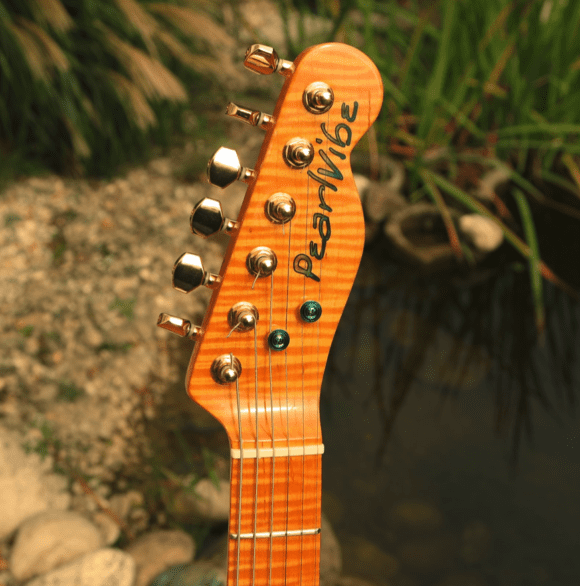 Pearlvibe Guitars Blue Bayou Headstock