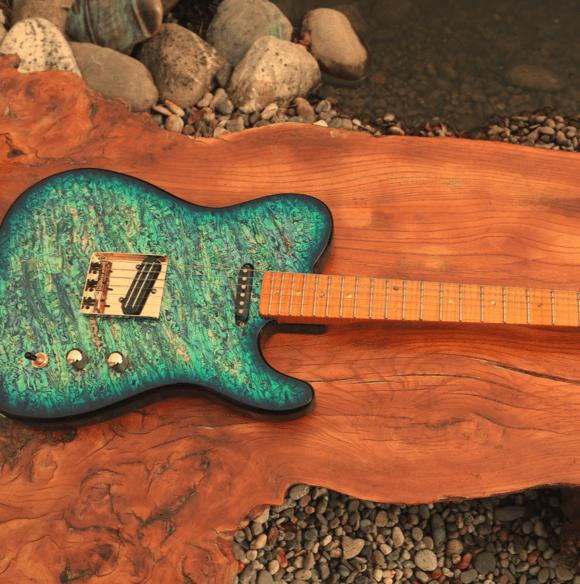 Pearlvibe Guitars Blue Bayou wood